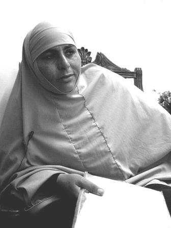 عائشة أبو صمادة