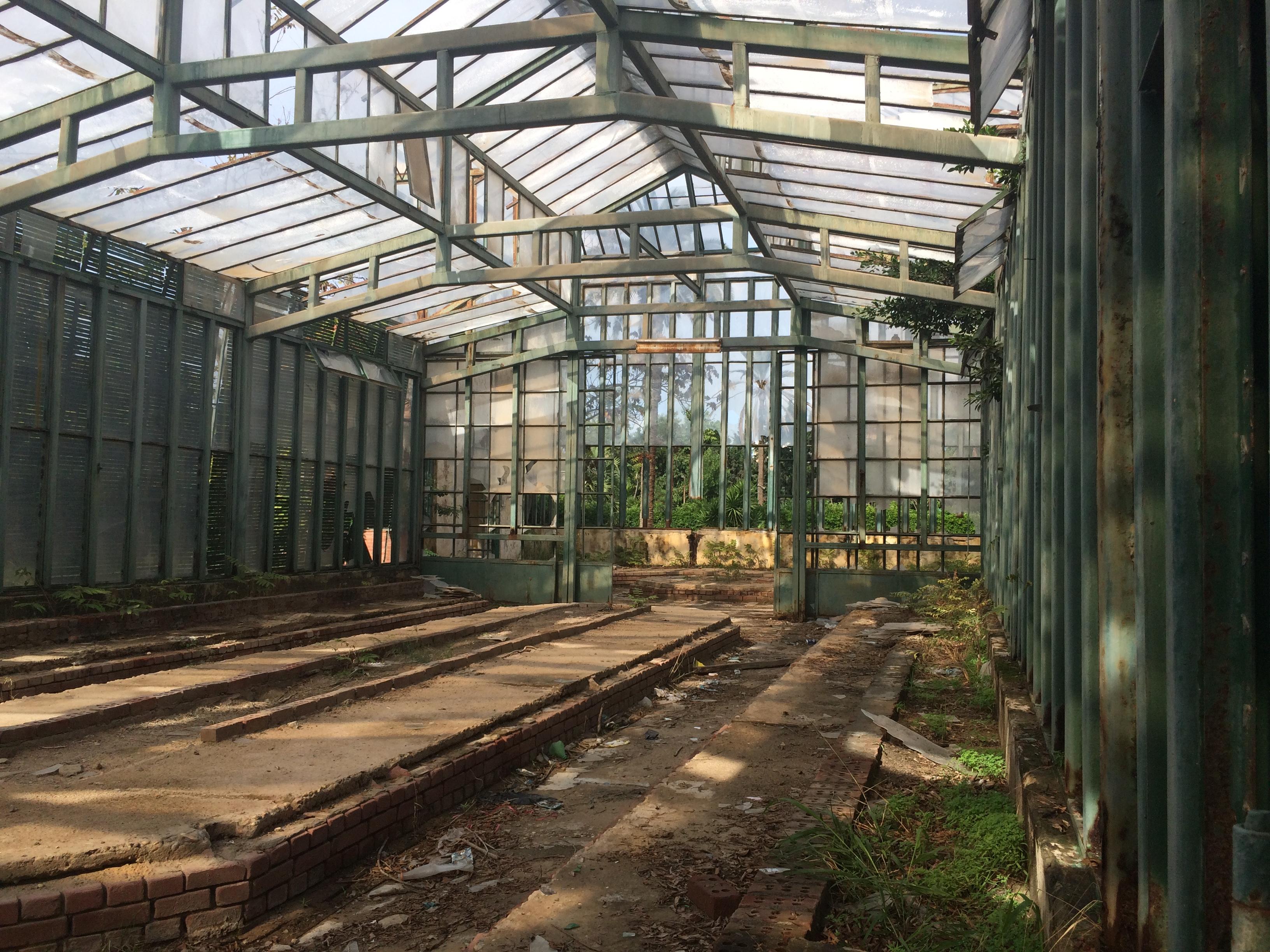 Antoniades Garden.JPG