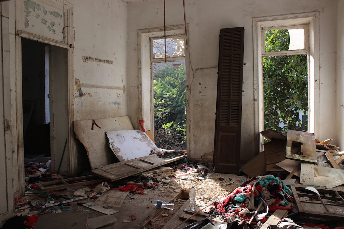 ورشة مصطفى نصار للنسيج في الطابق الثاني