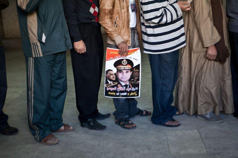 VNH_Referendum Egypt Day2_NasrCity Abbas Al Akkad street_12