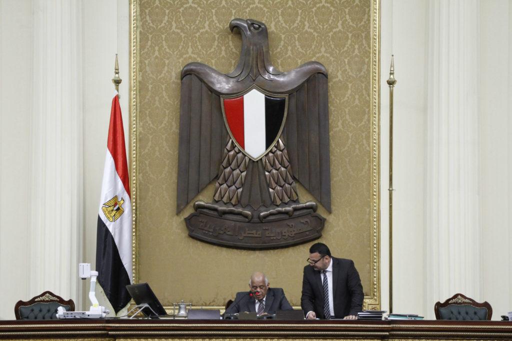 مكتفيًا بما قاله الرئيس: البرلمان يتراجع عن استدعاء وزيري الداخلية والعدل