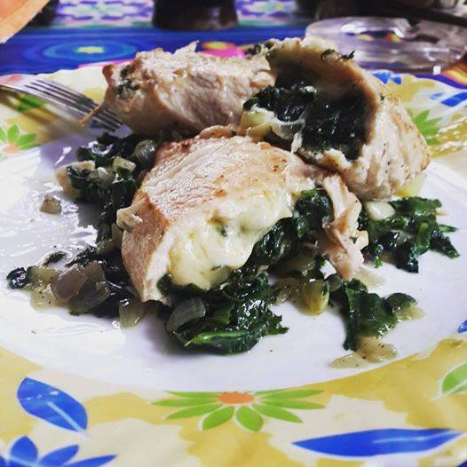 chicken-stuffed-with-spinach